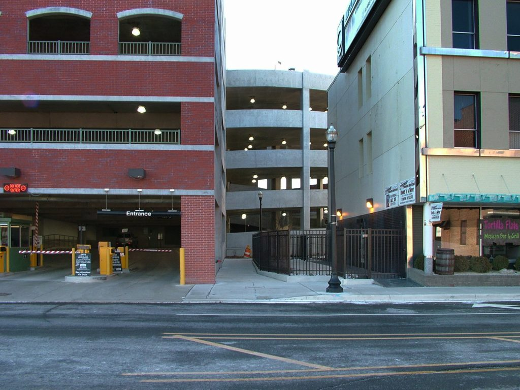 Helical ramp of parking structure